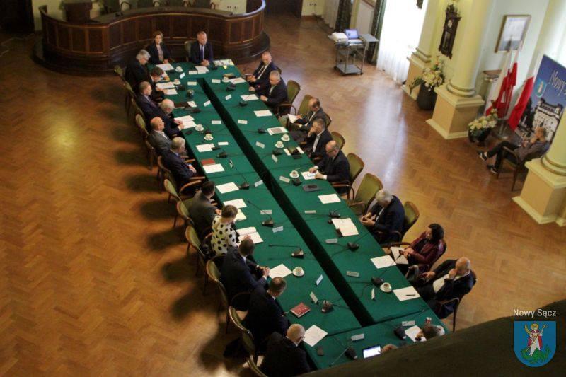 Dziękuję! Razem z Panem Starostą i wlodarzami gmin, miast regionu rozmawiamy o ważnych sprawach