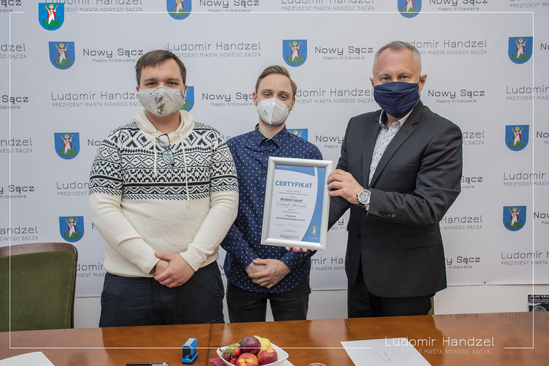 ? Photonic Group  – partnerem Karty Nowosądeczanina ?